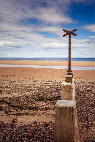 Strand-mit-Kreuz